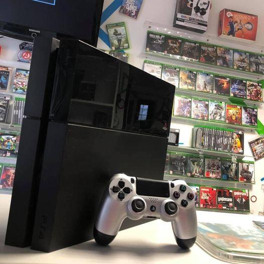 Hasznalt-PS4-500-gb